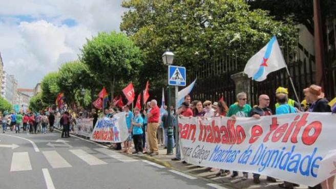 Ciudadanos rodean este sábado el Parlamento de Galicia