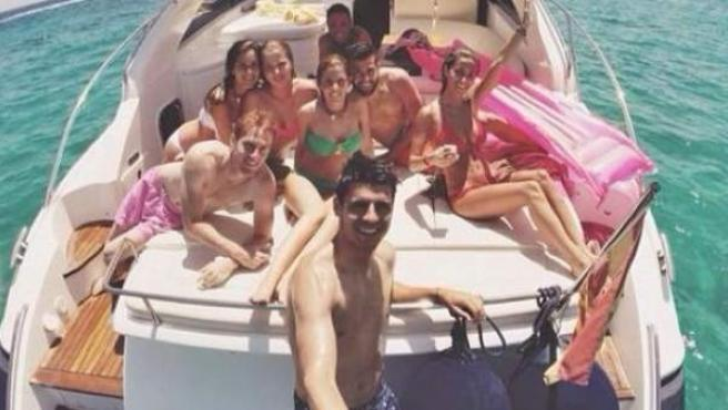 El jugador del Real Madrid Álvaro Morata se hizo este 'selfie' durante sus vacaciones.