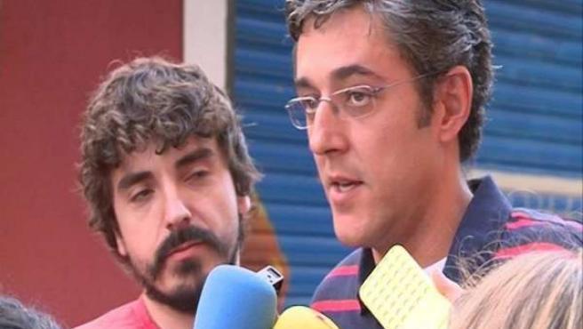 Eduardo Madina habla ante los medios en el centro de Madrid.