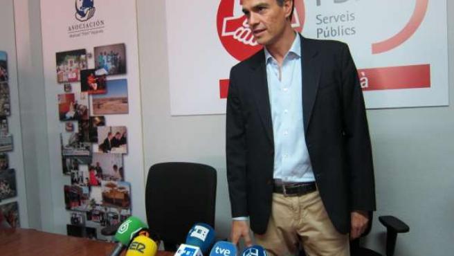 Pedro Sánchez durante una rueda de prensa en Valencia