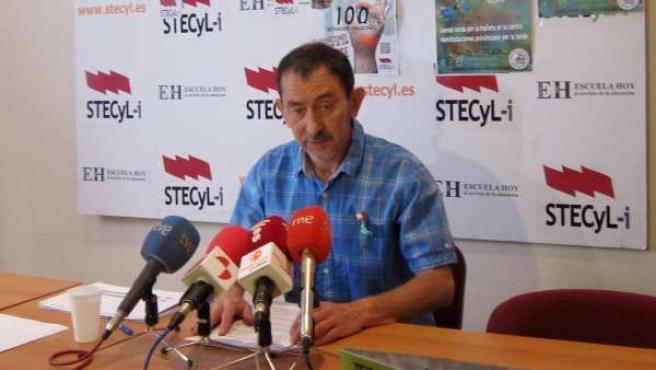 El secretario general de STECyL-i, Pedro Escolar