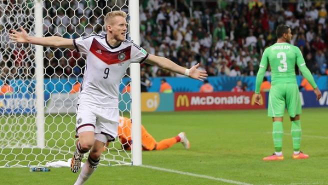 Schurrle celebra su gol en la prórroga de la eliminatoria de octavos de final entre Alemania y Argelia.