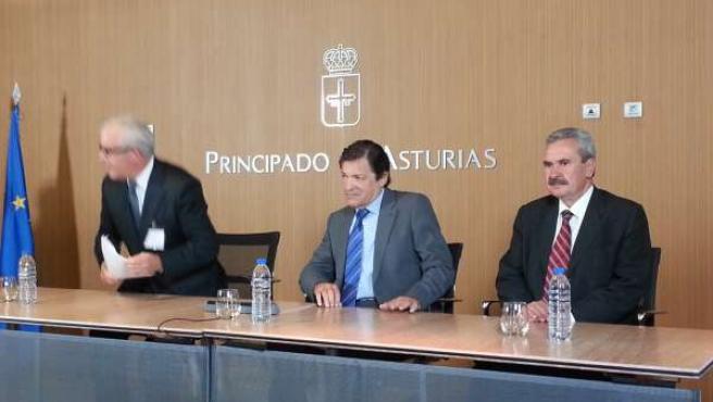 Javier Fernández, presidente del Principado y Graciano Torre consejero Economía