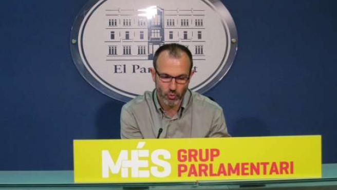 Barceló en rueda de prensa en el Parlament