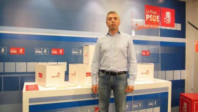 El secretario de Organización del PSOE, Francisco Ocón, informa primarias