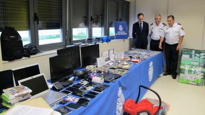 Exposición de objetos recuperados de la 'Operación Vistosa'