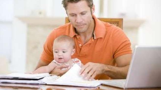 Padre, paternidad, jornada, bebé,