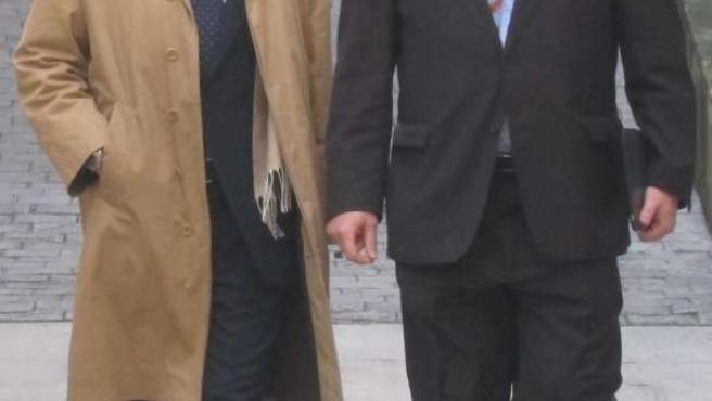 Jaume Matas junto a su abogado Miquel Arbona