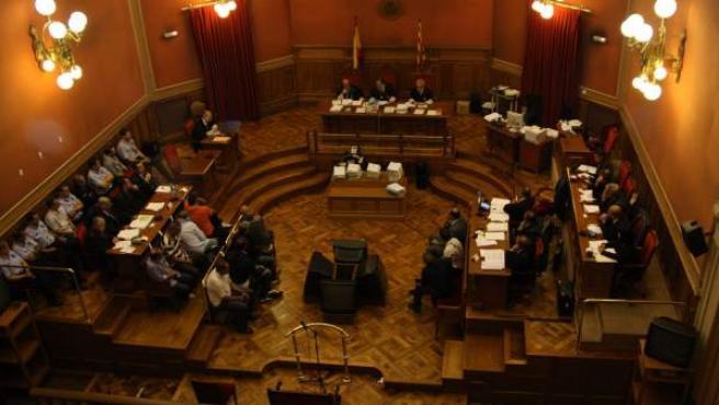 Una de las salas del jurado de la Audiencia de Barcelona, durante la celebración de un juicio.