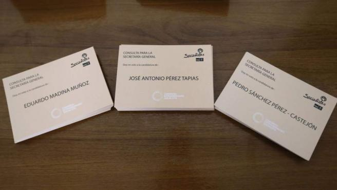 Papeletas para elegir al nuevo secretario general del PSOE.