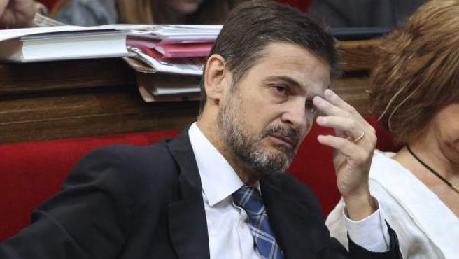 El diputado Oriol Pujol, imputado en el 'caso de las ITV', durante un pleno en el Parlamento catalán.