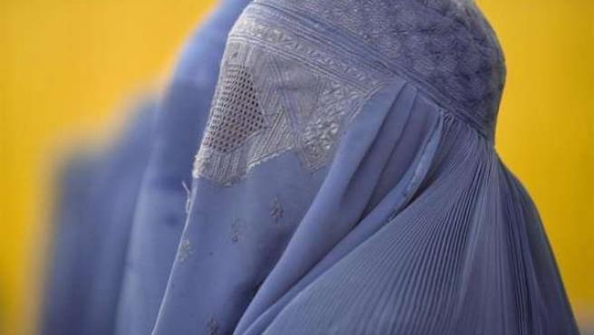 Prohibición del burka en espacios públicos