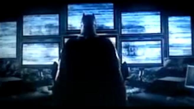 Falso 'teaser' de 'Batman v Superman' para amenizar la espera hasta 2016
