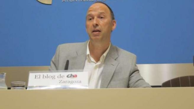 El concejal de CHA en el Ayuntamiento, Carmelo Asensio.
