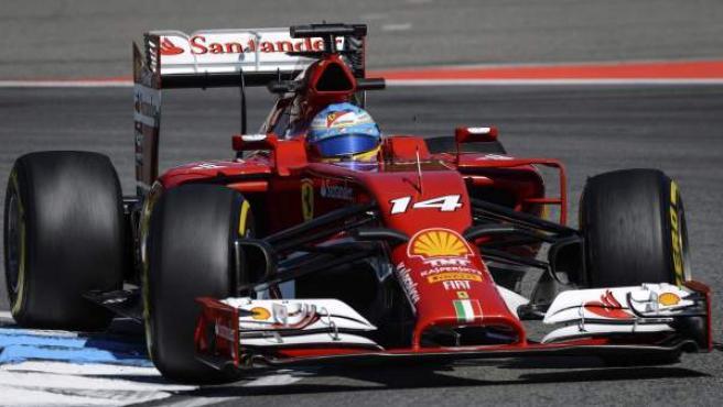 Fernando Alonso, de Ferrari, durante el GP de Alemania