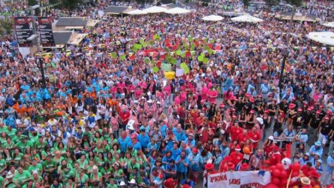 Miles de personas en el chupinazo de las fiestas de Santander