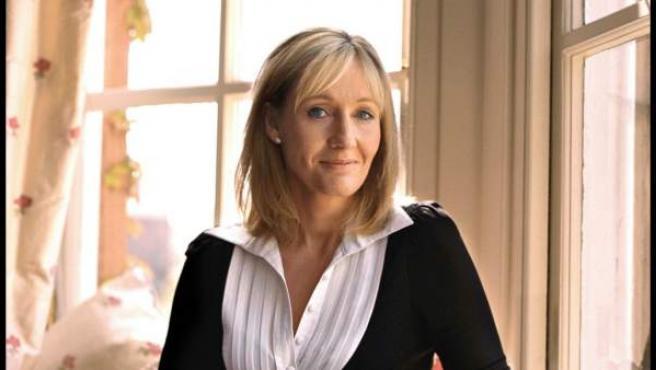 La escritora J.K. Rowling.