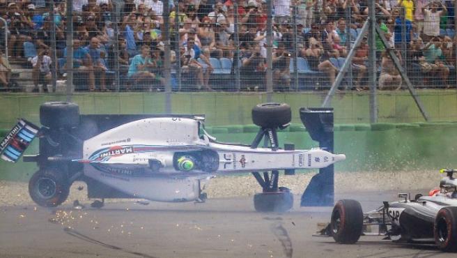 El piloto brasileño Felipe Massa (Williams) sufre un accidente durante el Gran Premio de Alemania de Fórmula 1 de 2014.