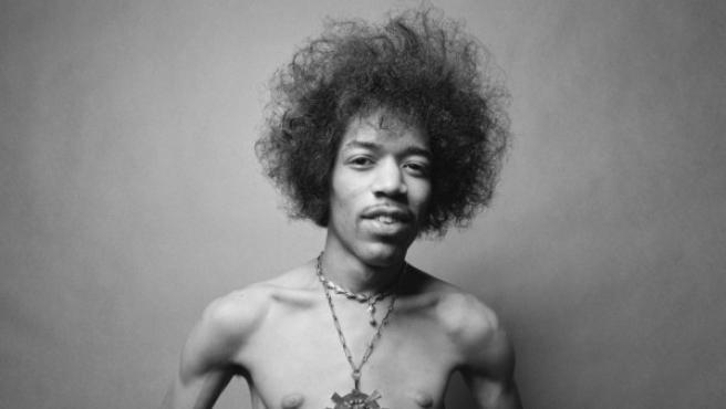 Foto inédita de Jimi Hendrix tomada en 1967 en Londres