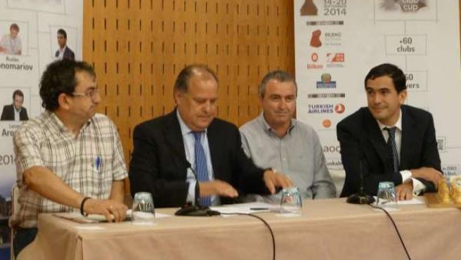 Andoni Madariaga, Miguel Ángel del Olmo, Eliseo Argandoña y Santiago González.