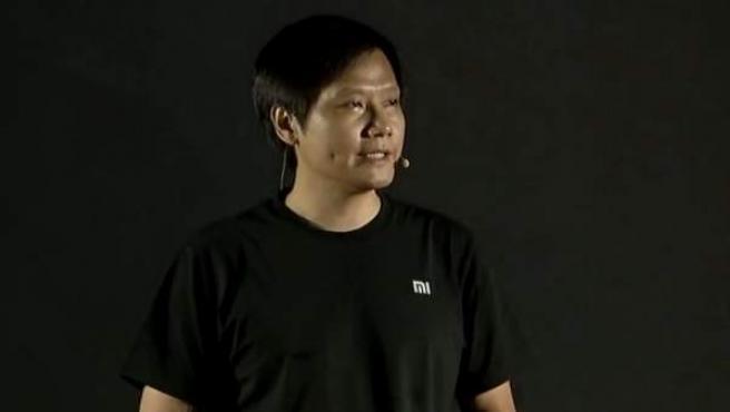 Lei Jun, el 'Steve Jobs chino', fundador de Xiaomi en un presentación.