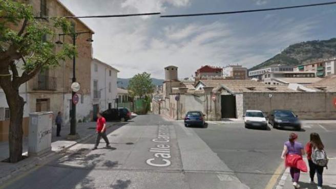 Imagen de una calle de Alcoy, próxima al Hospital Virgen de los Lirios.