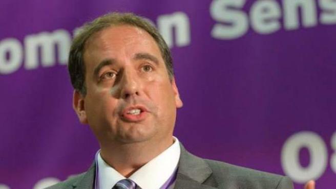El eurodiputado del partido británico UKIP, Bill Etheridge.