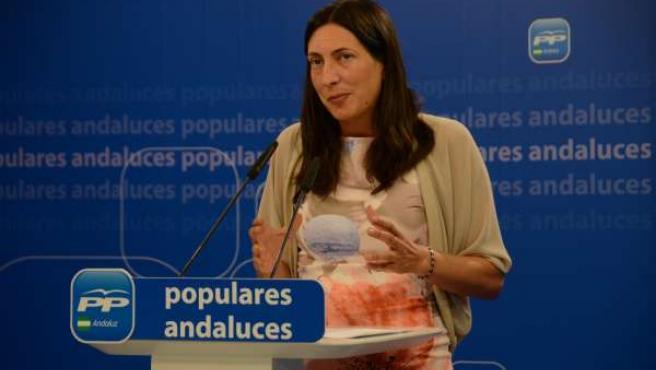 Dolores López Gabarro, en rueda de prensa