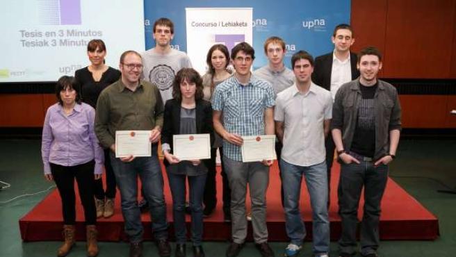 Los ganadores, con el resto de finalistas, de la segunda edición del concurso