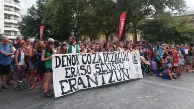 Concentración contra agresión sexista en San Sebastián