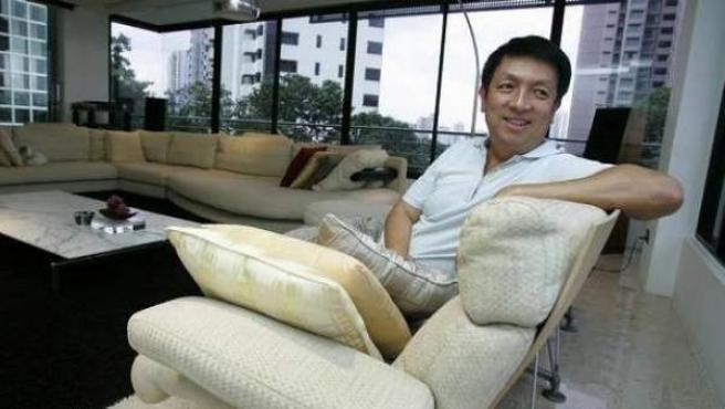 El millonario singapurense Peter Lim es el nuevo propietario del Valencia CF.