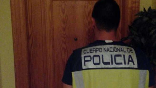 Policía Nacional detiene a cinco personas y desmantela dos prostíbulos