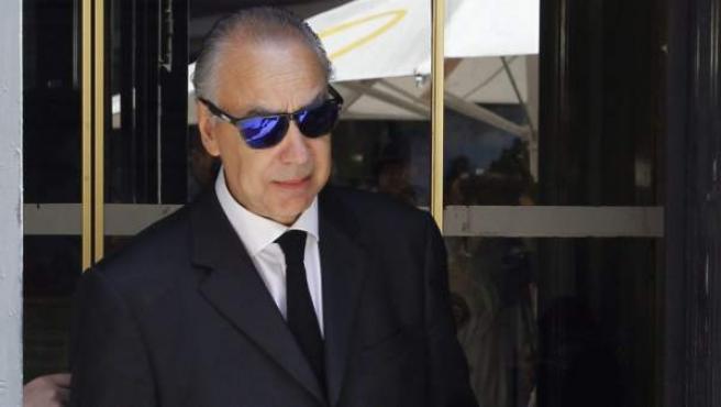 Juan Antonio Samper, vicepresidente deportivo del Murcia, a la salida de los juzgados.
