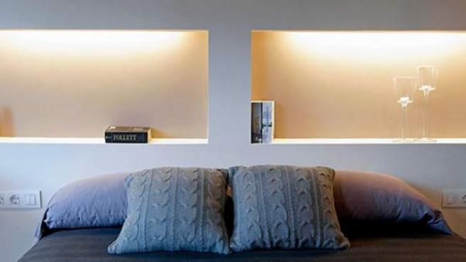 El pladur, un aliado a la hora de decorar este dormitorio.