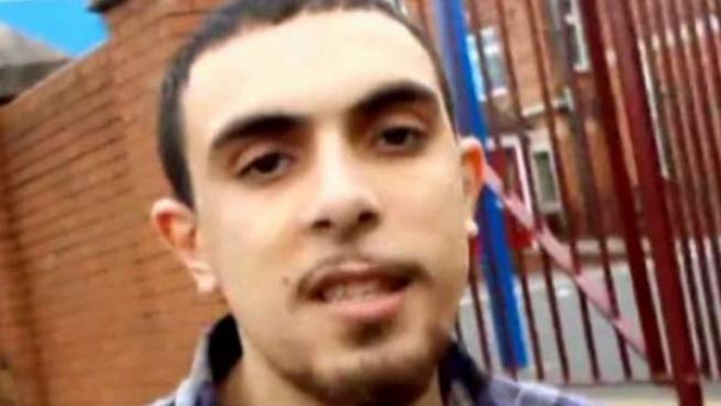 """Los servicios de Inteligencia británicos han identificado al integrante de Estado Islámico responsable del asesinato del periodista estadounidense James Foley, según informa la edición dominical del diario The Times citando """"altas fuentes del Gobierno británico"""""""