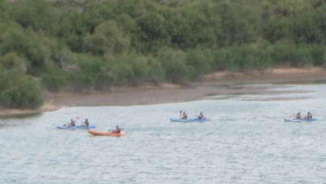 Piraguas en el río Ebro