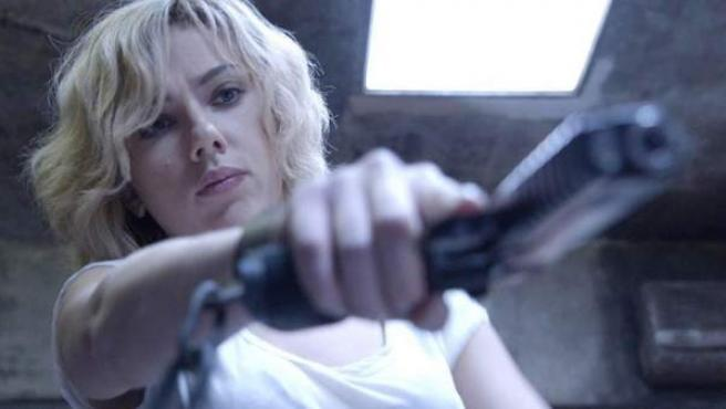 Scarlett Johansson en una imagen de 'Lucy'