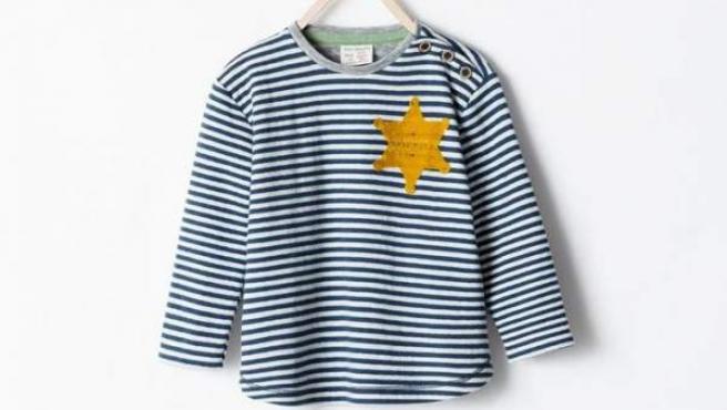 La camiseta de Zara que ha levantado la polémica en Israel por su parecido con las usadas por los nazis en los campos de concentración.