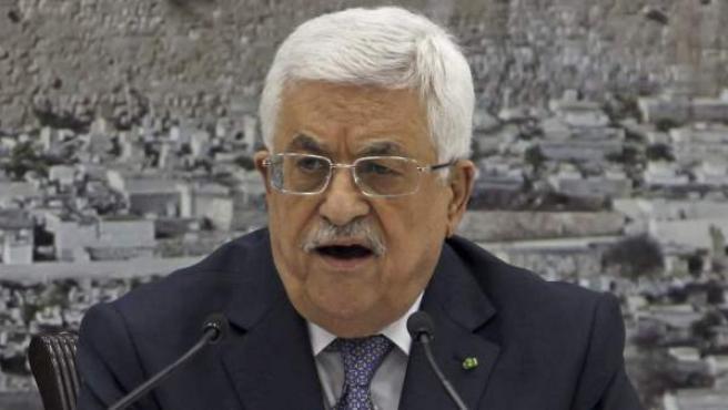 El presidente de la Autoridad Nacional Palestina (ANP), Mahmud Abás, ofrece una rueda de prense de urgencia en la ciudad cisjordana de Ramala.