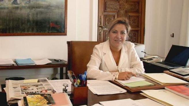 La alcaldesa de Zamora, Rosa Valdeón, encabeza la delegación de la Unión de Asociaciones de Castilla y León Solidarias con el Pueblo Saharaui.