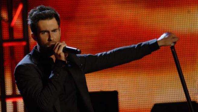 El cantantes de Maroon 5, Adam Levine, durante un concierto.