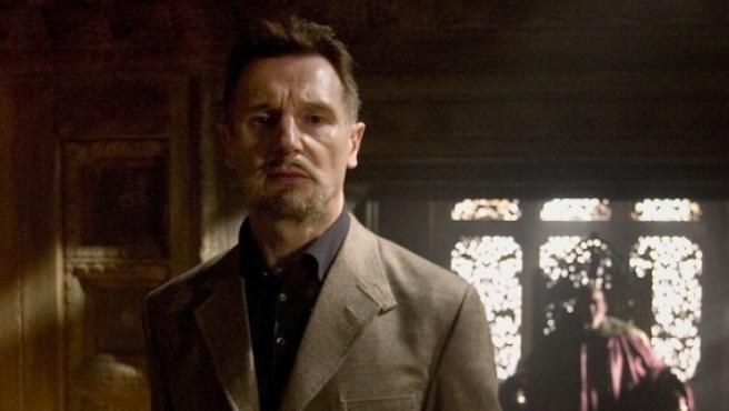 Liam Neeson quiere ser Ra's Al Ghul en 'Arrow'