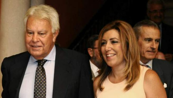 El expresidente del Gobierno, junto a la presidenta de la Junta de Andalucía, Susana Díaz.