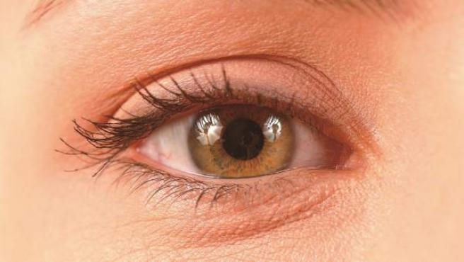 dolor interno en un ojo