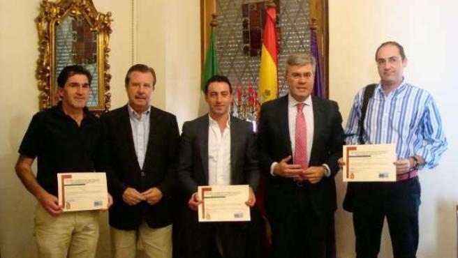 Entrega de ayudas del Plan Urban en el Ayuntamiento de Jaén