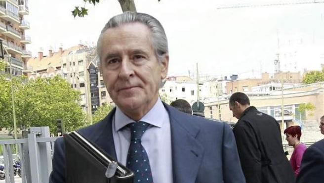 Miguel Blesa llega a los juzgados de Plaza de Castilla en una de sus comparecencias ante el juez por la venta irregular de preferentes en Caja Madrid.