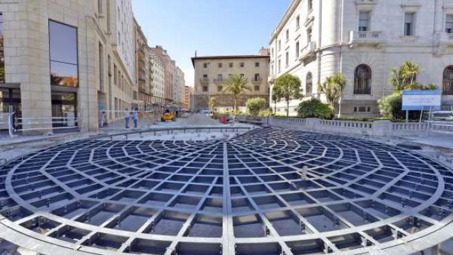 Instalación de la plataforma giratoria en la calle Cádiz