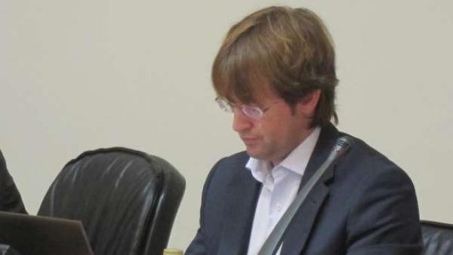 Francisco Menéndez en el Parlamento