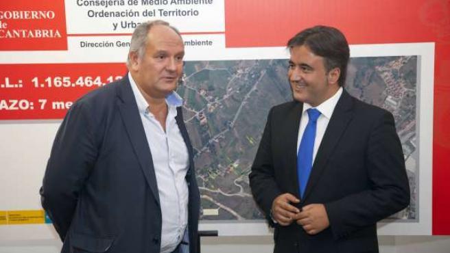 El consejero de Medio Ambiente y el alcalde de Camargo
