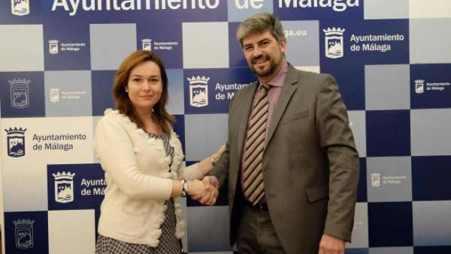 Martín Rojo y Patricio Moreno (Iberia) firman acuerdo colaboración